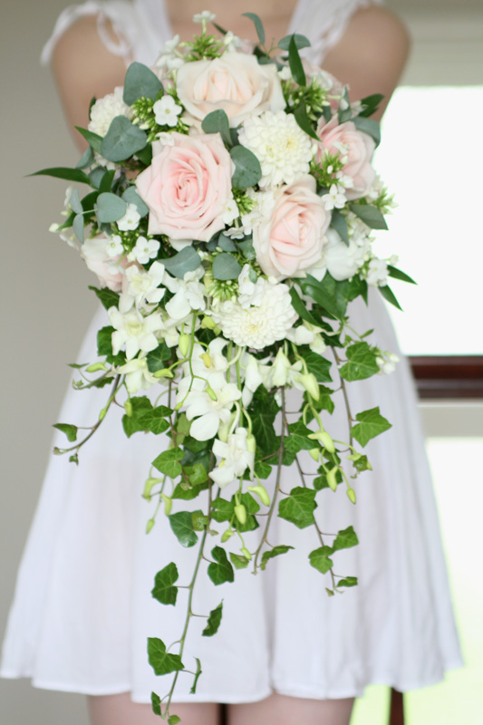 Bridal Flower Plants : Brides shower bouquet wedding flowers edinburgh