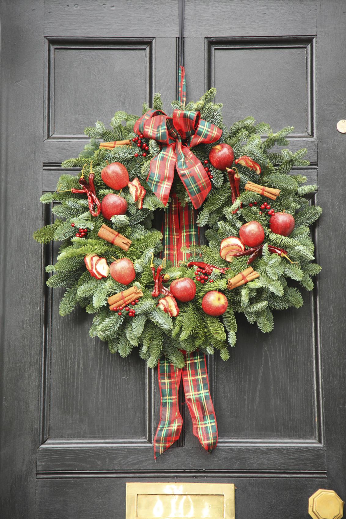Christmas Wreaths Door Or Graveside Musselburgh East
